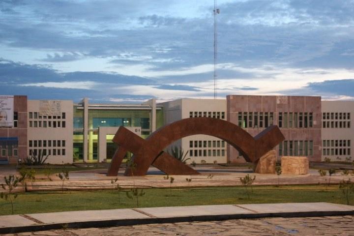 Hacienda, al rescate de seis universidades por crisis financiera