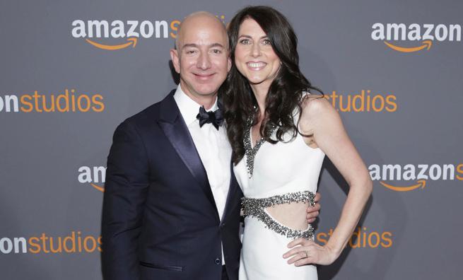 Jeff Bezos y MacKenzie Scott,