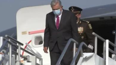 AMLO llegó en un avión de la Fuerza Aérea, el primero aterrizar en la Nueva Pista de Santa Lucía